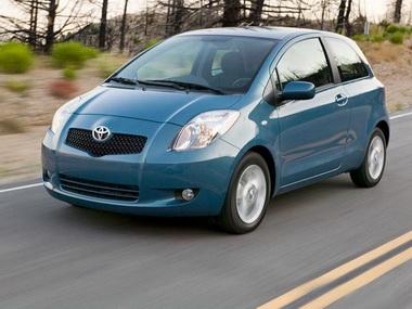 12 000 автомобилей Toyota  Yaris отозваны в России